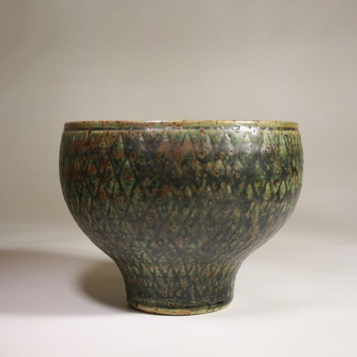 Stoneware bowl designed in the 1950´s by Erik Pløen, Norway