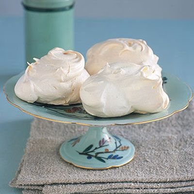How to make meringue! http://www.waitrose.com/home/recipes/recipe_directory/m/meringue.html: Meringue Recipes, Fun Food, Sweet Things, Food Ideas, Sweet Treats, Waitro Recipes, Desserts Breads, Hot Toff, Toff Sauces