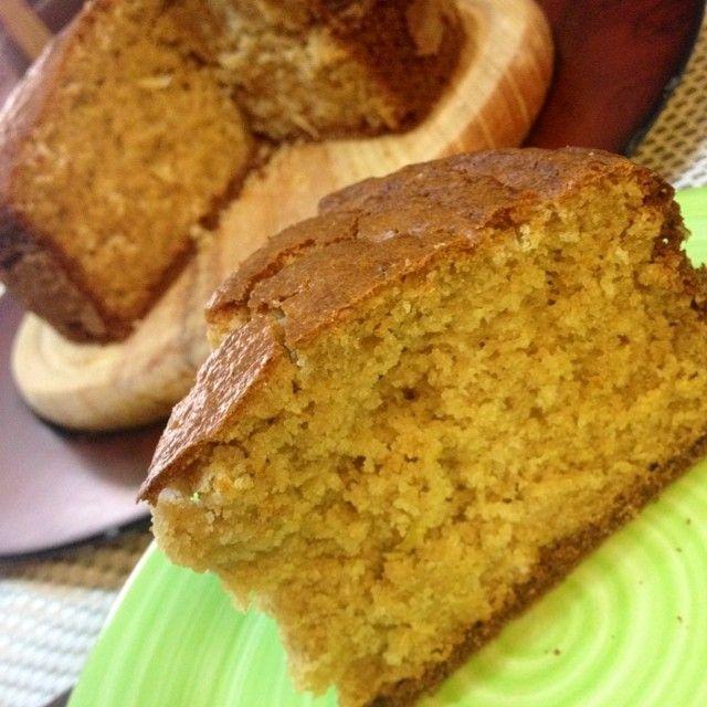 """3,109 Me gusta, 413 comentarios - Dra. Samar Yorde (@soysaludable) en Instagram: """"Ponque de avena sin azúcar! Me volvieron a pedir esta receta para una torta de cumpleaños y la…"""""""