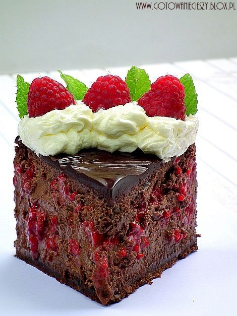 chocolate raspberry cheesecake....
