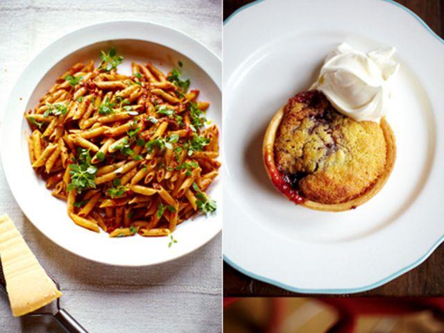 Korv- och grönsakspasta med söta minipajer (kock Jamie Oliver)