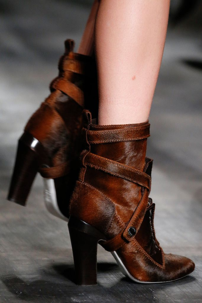 Fendi MFW autumn-winter 2014/2015 ~ If I could have had any boot this winter it would have been from the Fendi collection.