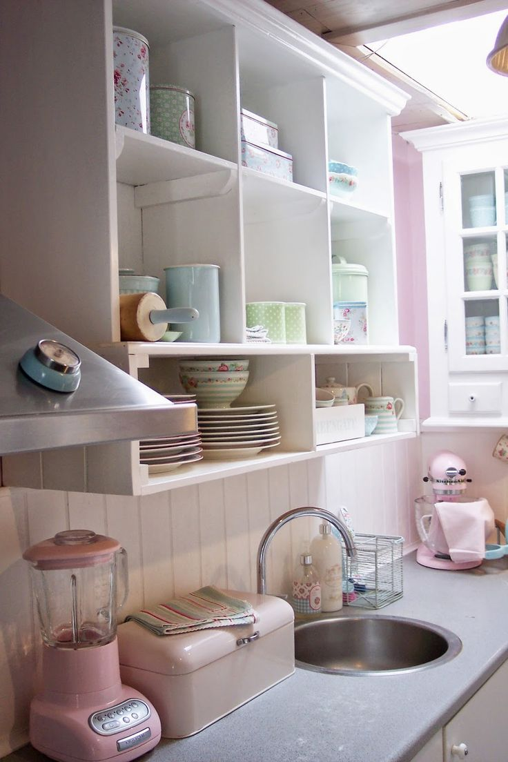 453 best greengate cottage images on pinterest cath for Cath kidston kitchen ideas