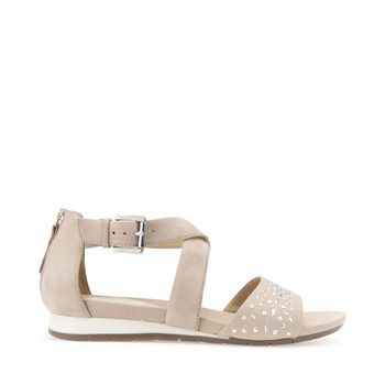 Explore Formosa women's flat sandals in beige. Free and easy returns at Geox.com.