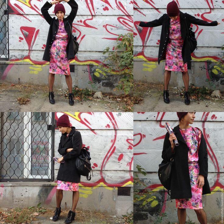 Купить Юбка и Свитшот - костюм, костюм из неопрена, розовый, в цветочек, юбка-карандаш, свитшот, неопрен