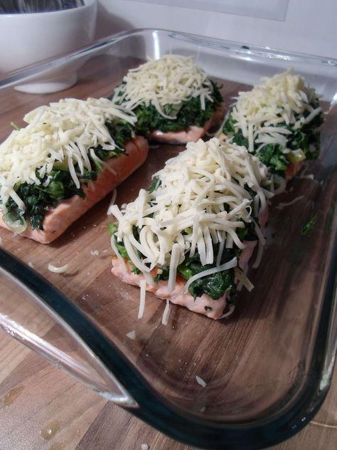 Lachs überbacken mit Spinat und Mozzarella