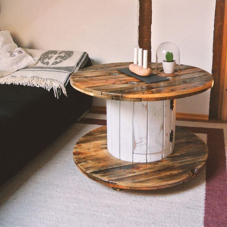 die besten 25 kabeltrommel ideen auf pinterest spulentische kabelspulen ideen und. Black Bedroom Furniture Sets. Home Design Ideas