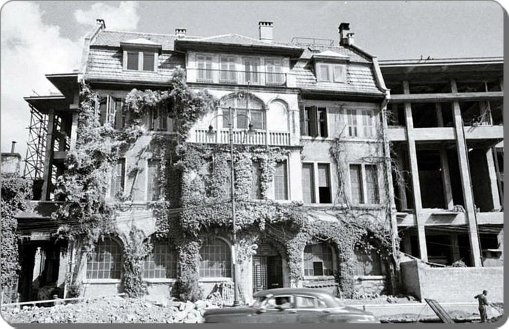 Taksim / Atatürk Cultural Center construction in 1950s..sorry that beautiful house there is no more,like many others..