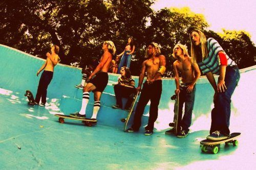 Steal His Look: Lords of Dogtown > Style Girlfriend