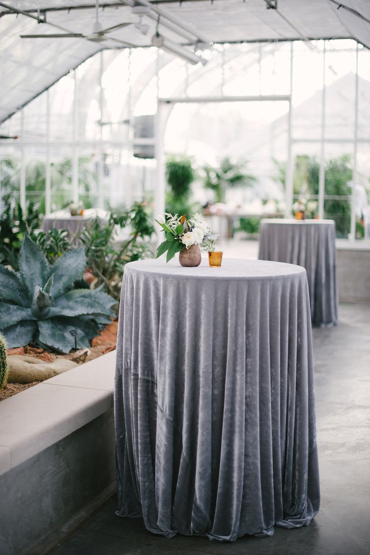 1000 ideas about steel blue weddings on pinterest blue for Table linen color combinations
