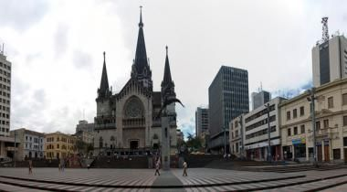 Bolívar Square - In the heart of Manizales