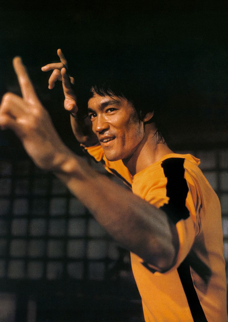 Bruce Lee uncle always being chased and kicking people's heads in I don't play fight with him he hurts