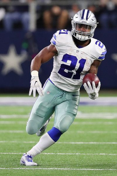 Ezekiel Elliott Photos Photos - Ezekiel Elliott #21 of the Dallas Cowboys runs in the fourth quarter during a game between the Dallas Cowboys and the Philadelphia Eagles at AT