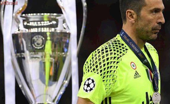 Buffon diz que só jogará até 2019 se Juventus vencer Liga dos Campeões