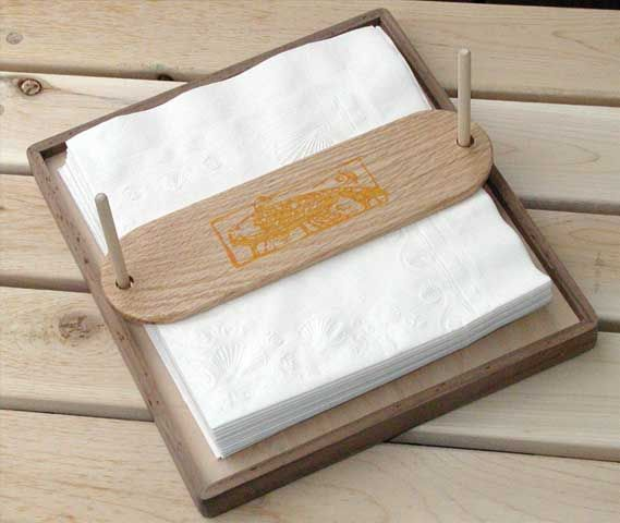 DIY Napkin Holder.  Great for indoor use, but especially for outdoor picnics, BBQs, etc.