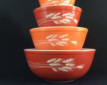 PYREX Vintage Harvest Autumn orange pyrex set