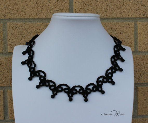 Collana nera pizzo chiacchierino, Black lace necklace tatting, frivolite bijoux, tatting necklace, per lei, regalo di Natale, made in Italy