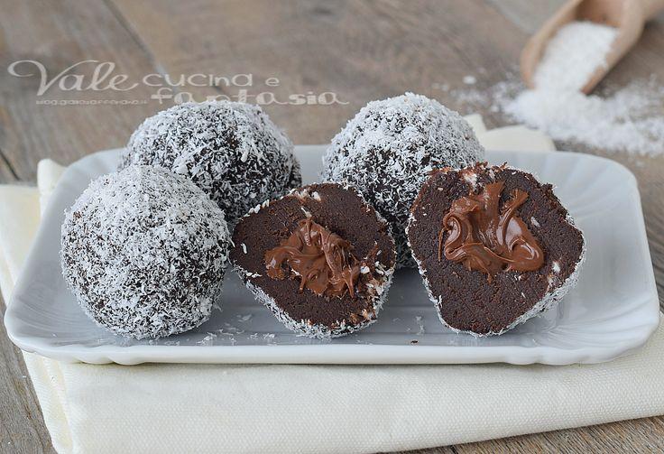 Tartufini cocco e nutella ricetta senza cottura, ricetta dolce facile e velocissima, ottima per le feste dei bambini, dolcetti golosi e semplicissimi