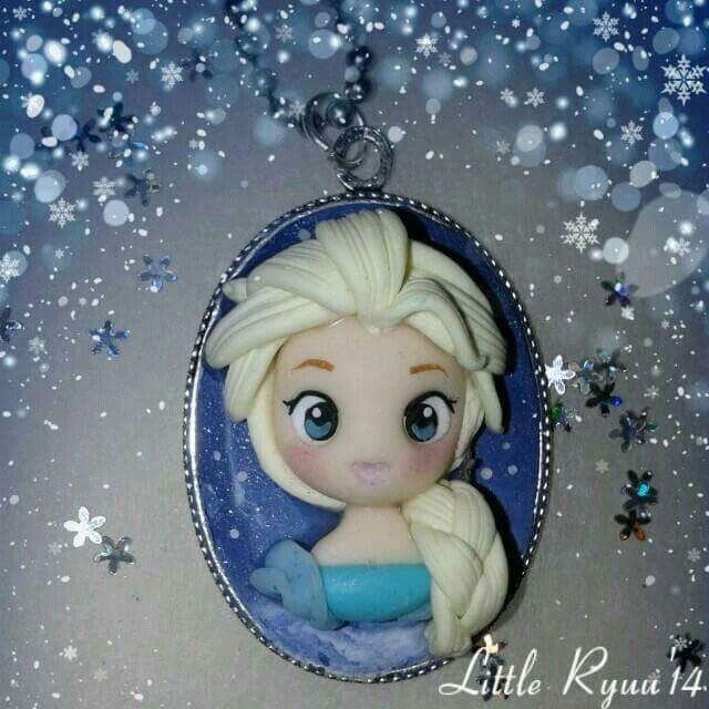 Disney Elsa fimo cameo