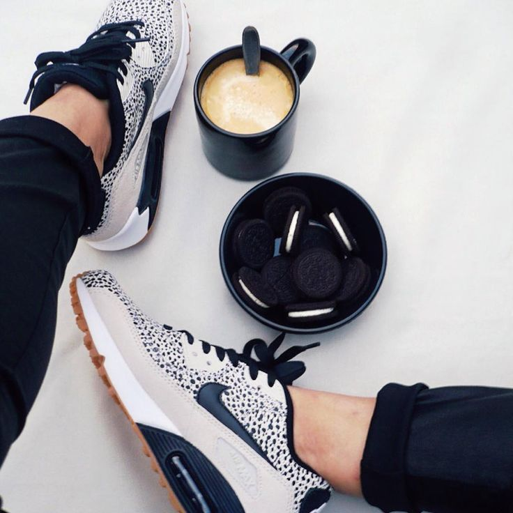 Sneakers femme - Nike Air Max 90 Safari - Pic by onfeetoride