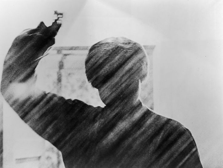 Inside The 'Circular Madness' That Made The 'Psycho' Shower Scene So Terrifying