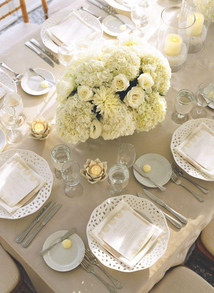 #home #design #inspirationKristin Newman, Tables Sets, Pastel Cerveza Tennis, Colors, Wedding White, White And Coral Tables Linens, Newman Design, Centerpieces, Places Sets