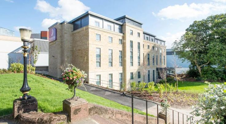Premier Inn Harrogate Town Centre, UK - Booking.com