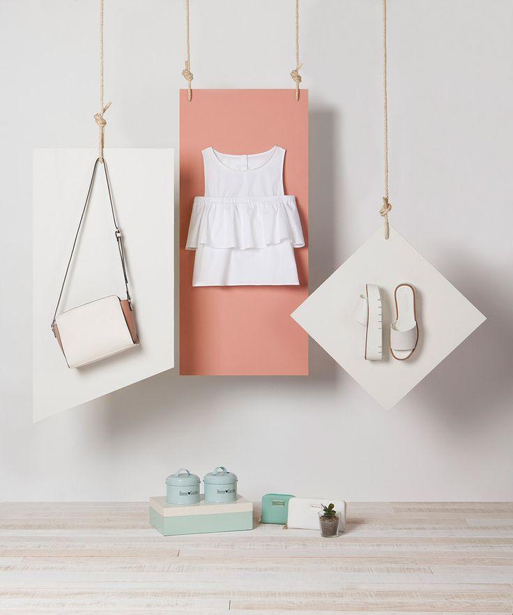 http://www.stradivarius.com/gb/campaign/lookbook/trendy-accessories-c1389503.html