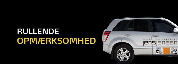 Et diskret navnetræk bag på firmabilen skaber ikke tilstrækkelig opmærksomhed. DER skal mere til i dagens markedsføring.