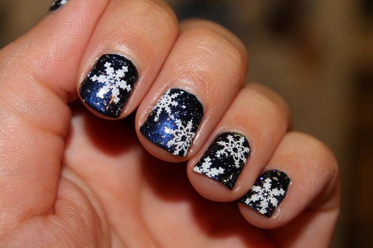 unghie natalizie-smalto-nero-fiocchi-neve