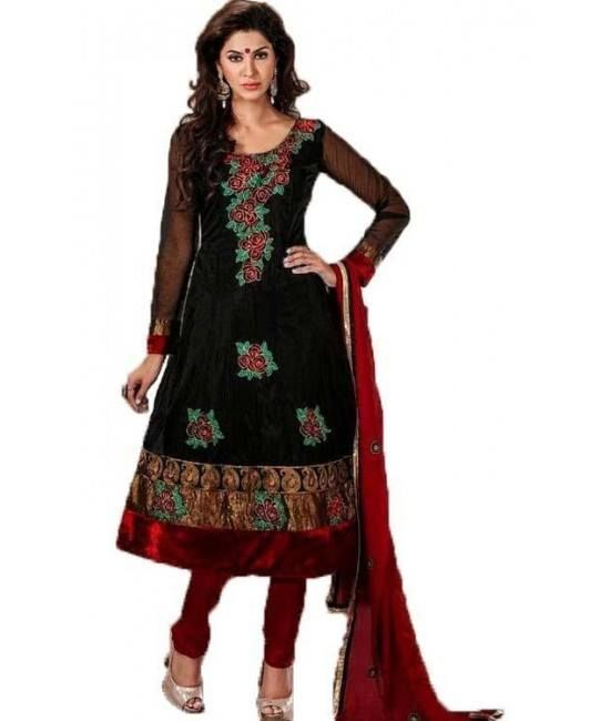 Made with the best quality Chiffon Fabric, this ethnic trend is sure to add that much loved ethnic elegance to your wardrobe!! Buy now !! http://www.ethnicstation.com/salwar-kameez/anarkali/black-zari-work-anarkali-suit-10