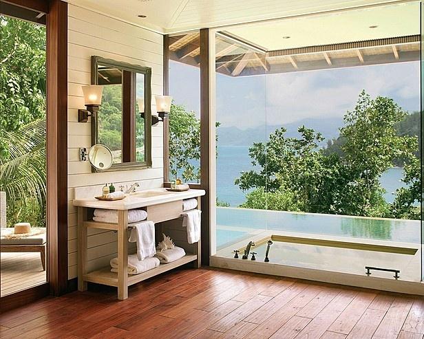 Bathroom at the Four Seasons, Seychelles