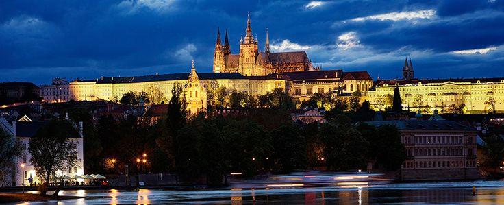 Prague Castle http://voyostravel.com/prague-castle-prague-czech/