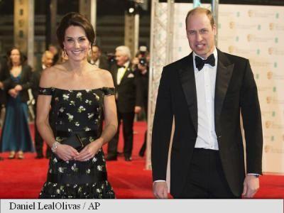 Ducesa de Cambridge le-a dat starurilor de la Hollywood o lecție de strălucire la Oscarurile britanice, deși a participat pentru prima data la gala premiilor BAFTA, relatează people.com.