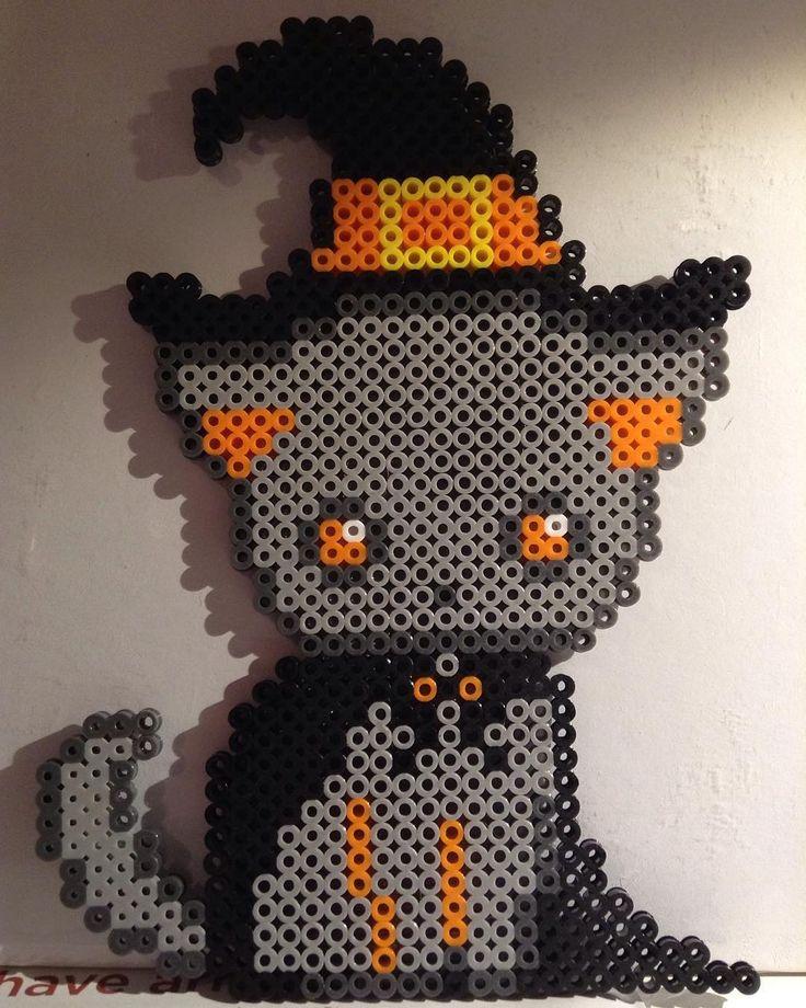 Halloween cat perler beads by perlerbeadbuzz More