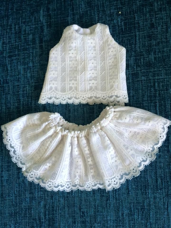 Clare Farren's Lace Outfit for Luna