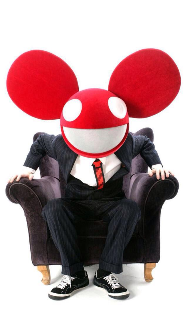 Tell me if you think this is the best picture of Deadmau5