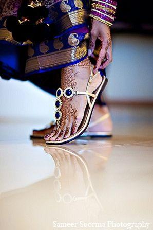 south indian bride fashion photography http://maharaniweddings.com/gallery/photo/8050