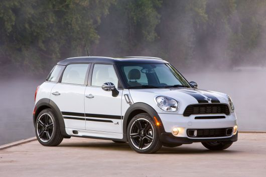(front side view) Mini Cooper S Countryman All4, black and white ---  I passed one of these on the street and it's so rad looking. -m