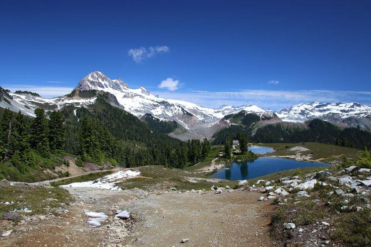 Elfin Lakes: Howe sound - Intermediate, 6hrs, 22km, 600m elv. gain