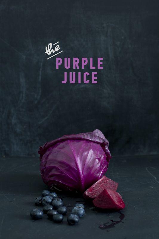 Juicing 3 plums 1/4 small purple cabbage 1 beetroot (beet) 2 sticks of celery 1 orange