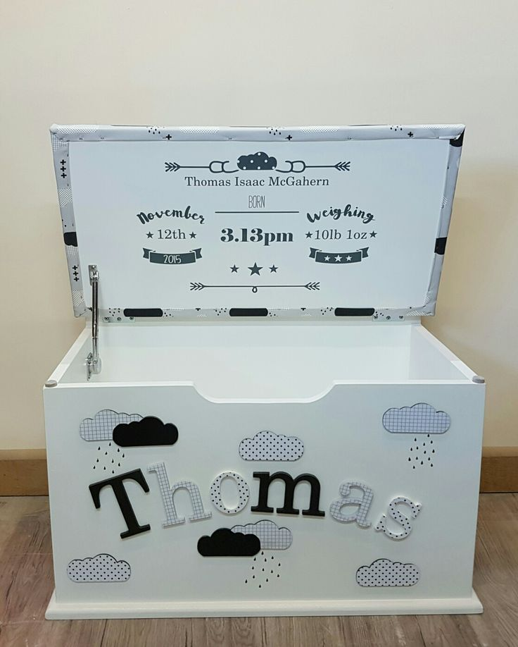 personalised toy box children baby kids first birthday Christmas bespoke handmade Dreambox toy boxes names bedroom nursery furniture storage parents pregnancy newborn new parents home style monochrome