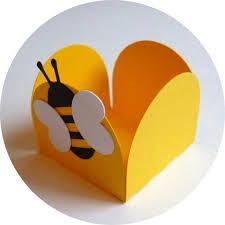 Resultado de imagem para lembrancinha abelhinha