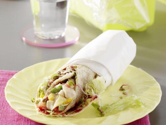 Wrap mit Geflügelsalat ist ein Rezept mit frischen Zutaten aus der Kategorie Salat. Probieren Sie dieses und weitere Rezepte von EAT SMARTER!