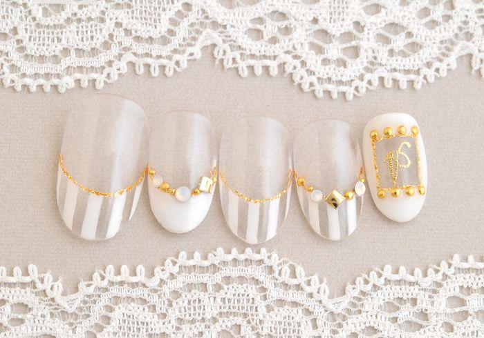 夏の白はやっぱりかわいい!人気のクリアネイル!|オフ別110分(ネイルデザイン:柳沼)