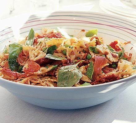 Simple storecupboard pasta salad with sunny Mediterranean flavours | Deli pasta salad