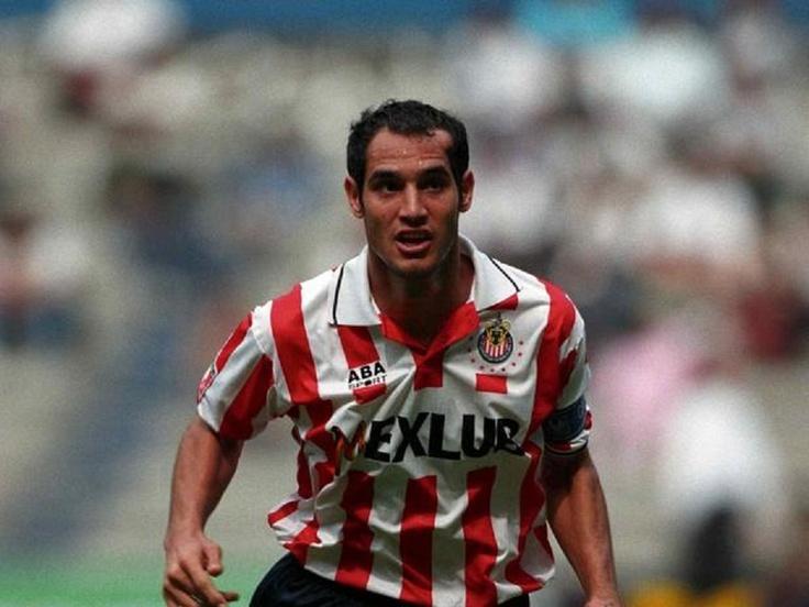 El Reynosense, Carlos Turrubiates, con las Chivas rayadas del Deportivo Guadalajara.