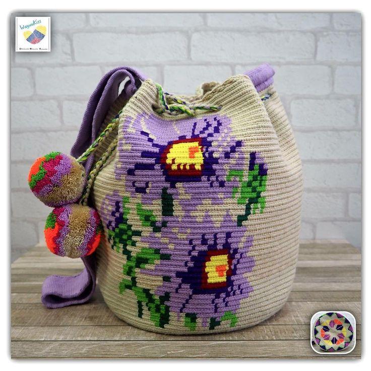 14 отметок «Нравится», 1 комментариев — Wayuu Bags &Bikini etc. (@wayuukiss) в Instagram: «Wayuu bag double strands รุ่น special flower ราคา 3900-/ •ฐาน 9นิ้ว สูง 11นิ้ว •สายยาว 100 cm. •ฟรี…»