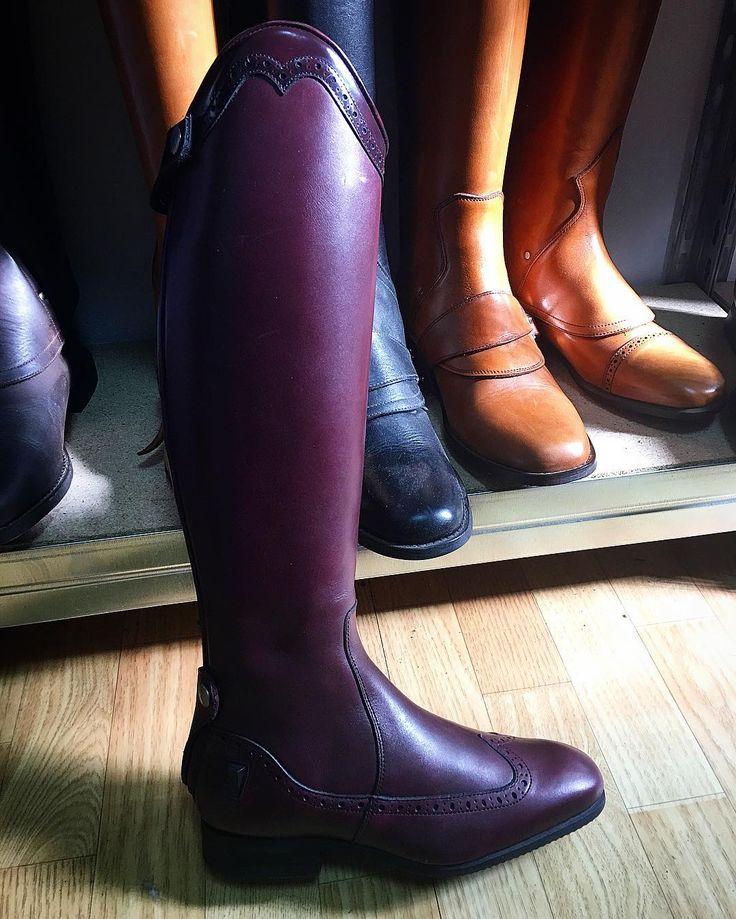 #mulpix Ytterligare en ny modell! Liknar Gaya men har en hjärtformad top 💜 och mönstrad fot.  #amazonasueca  #celeris  #nymodell  #ridstövlar  #boots  #ridingboots