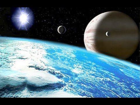 El heliocentrismo (del griego: ἥλιος-helios «Sol» y κέντρον-kentron «centro») es un modelo astronómico según el cual la Tierra y los planetas se mueven alrededor de un Sol.